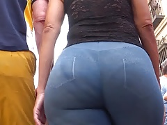 Spanish bootylicious  in..