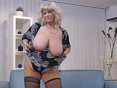 Huge mature mother need a..