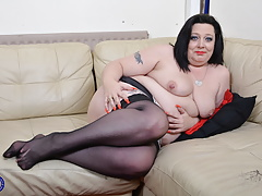 housewife Roxy toying with..
