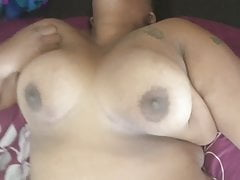 2 Tenant all girl  let me..